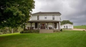 Live Your Own Fairytale With A Stay At This Enchanting Country Farmhouse In Missouri
