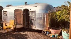 Get Away To This Mid-Century Airstream That's Just Steps Away From The Ocean In Northern California