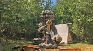 Three 14-Foot-Tall Giants Have Moved Into A Lakeside Park In Kentucky