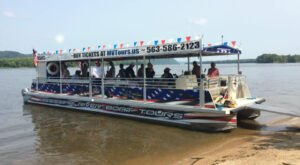 Explore The Mighty Mississippi On This Boat Ride In Iowa
