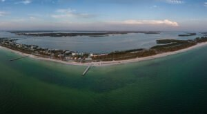 Experience The Gulf, Fresh Seafood, And Stunning Scenery On This Scenic Florida Island Drive