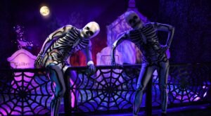 The Halloween Train At Union Station In St. Louis Is Filled With Fun For The Whole Family