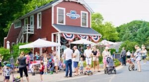 Open Since 1895, Minnesota's Cottagewood General Store Is Still A Charming Place To Snack And Shop After Over 100 Years