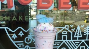 The Mountainous Milkshakes At This Oregon Shack Are Always Worth The Wait In Line