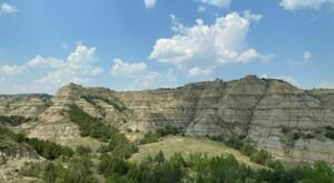 This 4-And-A-Half-Mile Trail In North Dakota Leads To Incredible Views