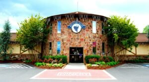 Mountain Valley Winery In Tennessee Is Picture Perfect For A Day Trip