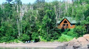 7 Lakefront Cabins On Lake Superior For A Fun-Filled Getaway In Minnesota