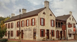 The Oldest Bourbon Bar In The U.S. Is Kentucky's Old Talbott Tavern And It's Delicious