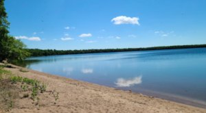 A Minnesota Hidden Gem, Glendalough State Park's Lakes, Prairies, And Beach Will Completely Enchant You