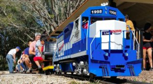 There's A Little-Known, Fascinating Train Park In Florida And You'll Want To Visit