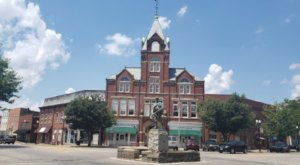 Ghost Hunters And Movie Lovers Alike Should Visit Twin City Opera House In Small Town Ohio