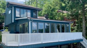 Spend A Magical Night At This Luxury Lake House In New Jersey