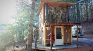 This Movie-Set-Inspired Tiny House In North Carolina Is A Remote Adventure Waiting To Be Discovered