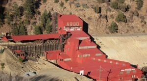 Explore An Old Gold Mine 1,800-Feet Below The Surface On This Can't Miss Tour In Colorado