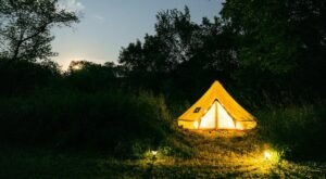 Forget The Resorts, Rent This Charming Waterfront Stargazer Tent In Iowa Instead