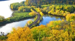 Iowa's Great River Road Is Among The Most Scenic Drives In America And You'll Want To Gas Up The Car Immediately