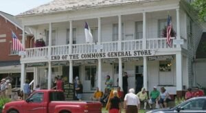 A Trip To The Oldest General Store In Ohio Is Like Stepping Back In Time