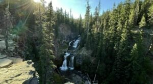 This 2-Mile Trail In Oregon Leads To A Double Waterfall And A Scenic Overlook