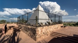 Few People Know Arizona's First Governor Is Buried At Papago Park In Phoenix