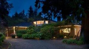 Tucked Away Near Olympic National Park, Domaine Madeleine Is Washington's Coziest Inn