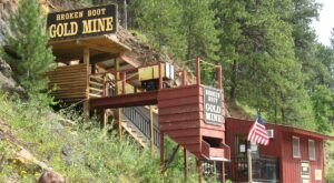 Explore An Old Gold Mine On This Can't-Miss Tour In South Dakota