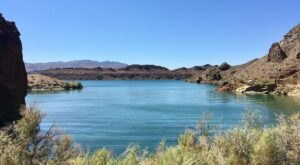 This Secret Lakefront Summer Destination Is An Oasis Within An Arizona City Park