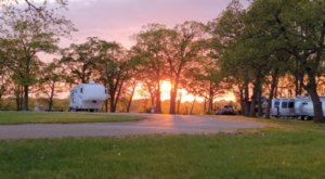 Kansas's Best Kept Camping Secret Is This Waterfront Spot With 123 Glorious Campsites