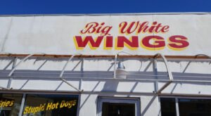 The 7 Best Places In Alabama To Load Up On Mouthwatering Wings On Game Day