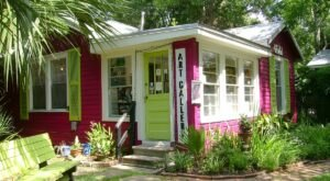 You Won't Find Another Shop Like The Art House, A Charming Little Artist Co-Op In Coastal Mississippi