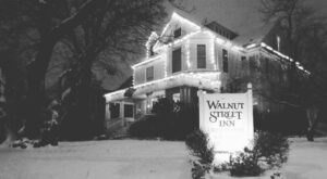 The Walnut Street Inn In Missouri Is Notoriously Haunted And We Dare You To Spend The Night