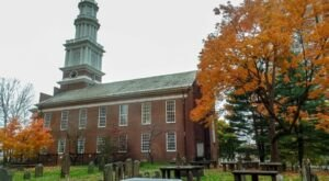 One Of The Oldest Churches In Connecticut Dates Back To The 1800s And You Need To See It