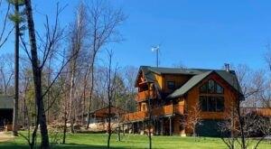 Enjoy A Unique Stay At Laurel Ridge, A Log Cabin B&B In Massachusetts