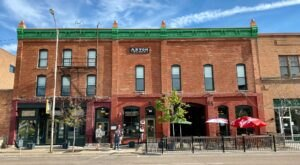With An On-Site Irish Pub And A Boutique Setting, This Historic Montana Hotel Is The Ultimate Destination