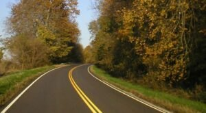 5 Roads In Missouri That Are Pure Bliss In The Fall