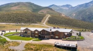 Enjoy A View Of The Ruby Mountains From Your Room At This High-Elevation Lodge In Nevada