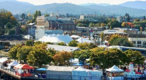 Washington's Favorite Seafood Festival Is Back, And Admission Is Free