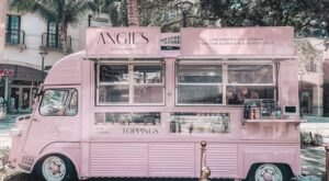 You Can Enjoy Beautiful Ice Cream Creations From A Vintage Food Truck In Florida