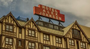 The Historic Hotel Alex Johnson In South Dakota Is Notoriously Haunted And We Dare You To Spend The Night