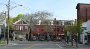 Visit The Small Town Of Wickford In Rhode Island, The Place That Inspired the Witches of Eastwick