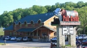 Fall Creek Steak And Catfish House Bakes The Best Rolls In Missouri