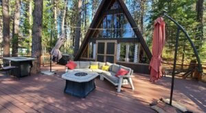 Stay At This Secluded Cabin In Idaho For A Peaceful Weekend Getaway In The Mountains