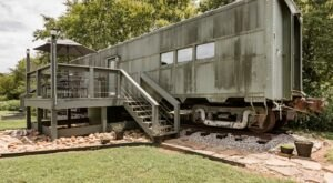 Spend A Night In An Old Train Car At This Gorgeous AirBnB In Tennessee