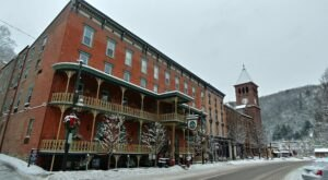 The Historic Inn At Jim Thorpe In Pennsylvania Is Notoriously Haunted And We Dare You To Spend The Night