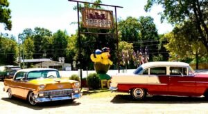 This One-Of-A-Kind Restaurant In Arkansas Is Fun For The Whole Family