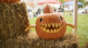 Pumpkin Trail & Glow Is A Glowing Pumpkin Trail Coming To Indiana And It'll Make Your Fall Magical