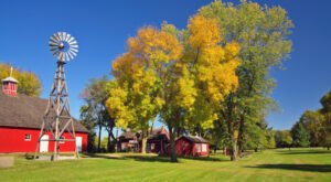When And Where To Expect Iowa's Fall Foliage To Peak This Year