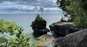 The Bay View And Woods Trail In Wisconsin Takes You From The Beach To The Forest And Back