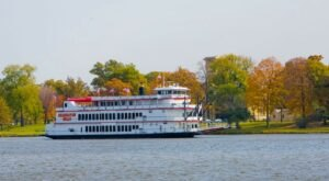 Not Many People Know That You Can Take A Three-Day Cruise Along The Mississippi River In Wisconsin
