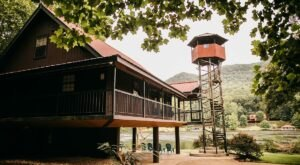 This Stunning Tennessee AirBnB Comes With Its Own Viewing Tower For Taking In The Gorgeous Views