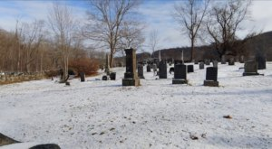 You Won't Want To Visit The Notorious Gunntown Cemetery In Connecticut Alone Or After Dark